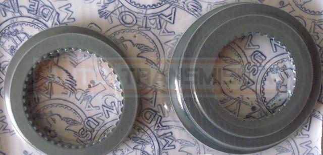 Frikcinių diskų rinkinys 4L60E